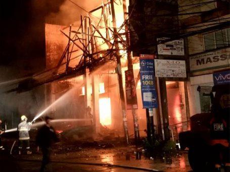 Fire destroys 2 commercial buildings in Dumaguete