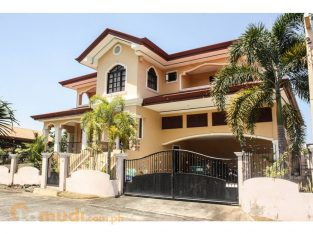 LARGE OCEAN VIEW HOUSE FOR SALE