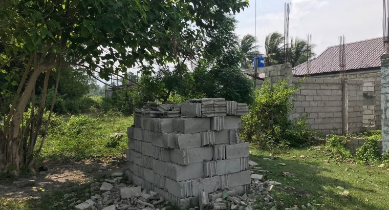 LOT FOR SALE WITH UNFINISH BUILDING