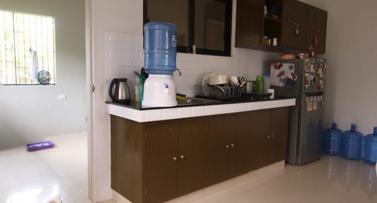 HOUSE AND LOT FOR SALE IN VALENCIA