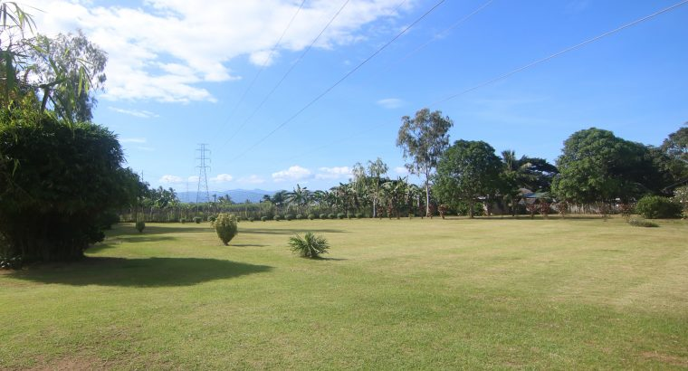 COUNTRY HOUSE AND LOT FOR SALE