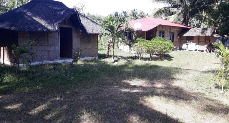 BEACHFRONT LOT AND HOUSE FOR SALE