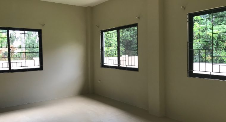 House and Lot For Sale Valencia