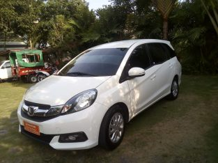 2016 HONDA MOBILIO Excellent Condition, White