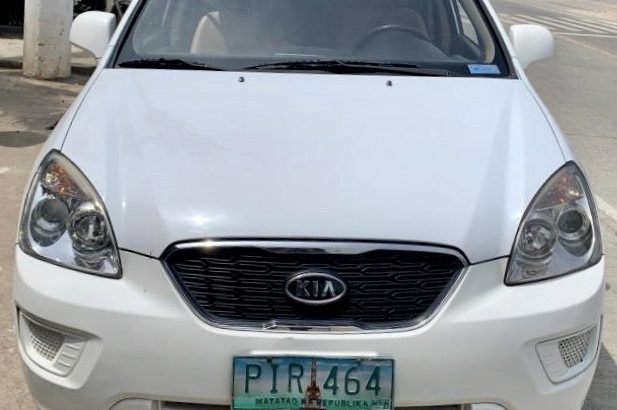 KIA CARENS CRDI Automatic 2011