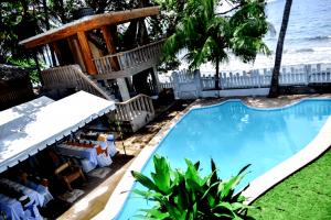 Island View Coastal Resort